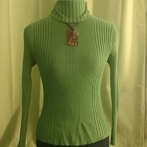 Lime green Rue21 fitted turtleneck -Large